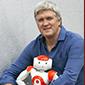 """Bruno Maisonnier, fondateur d'Aldebaran Robotics (la startup qui a développé notamment Nao, le petit robot humanoïde) et CEO d'Another Brain (3ème génération d'IA).La technologie proposée par Push4m est en rupture avec les méthodes traditionnelles de levage. Elle repose sur un bras de levier qui s'inspire du corps humain et notamment du gonflement du muscle. C'est une très belle invention qui va révolutionner notre secteur !"""""""